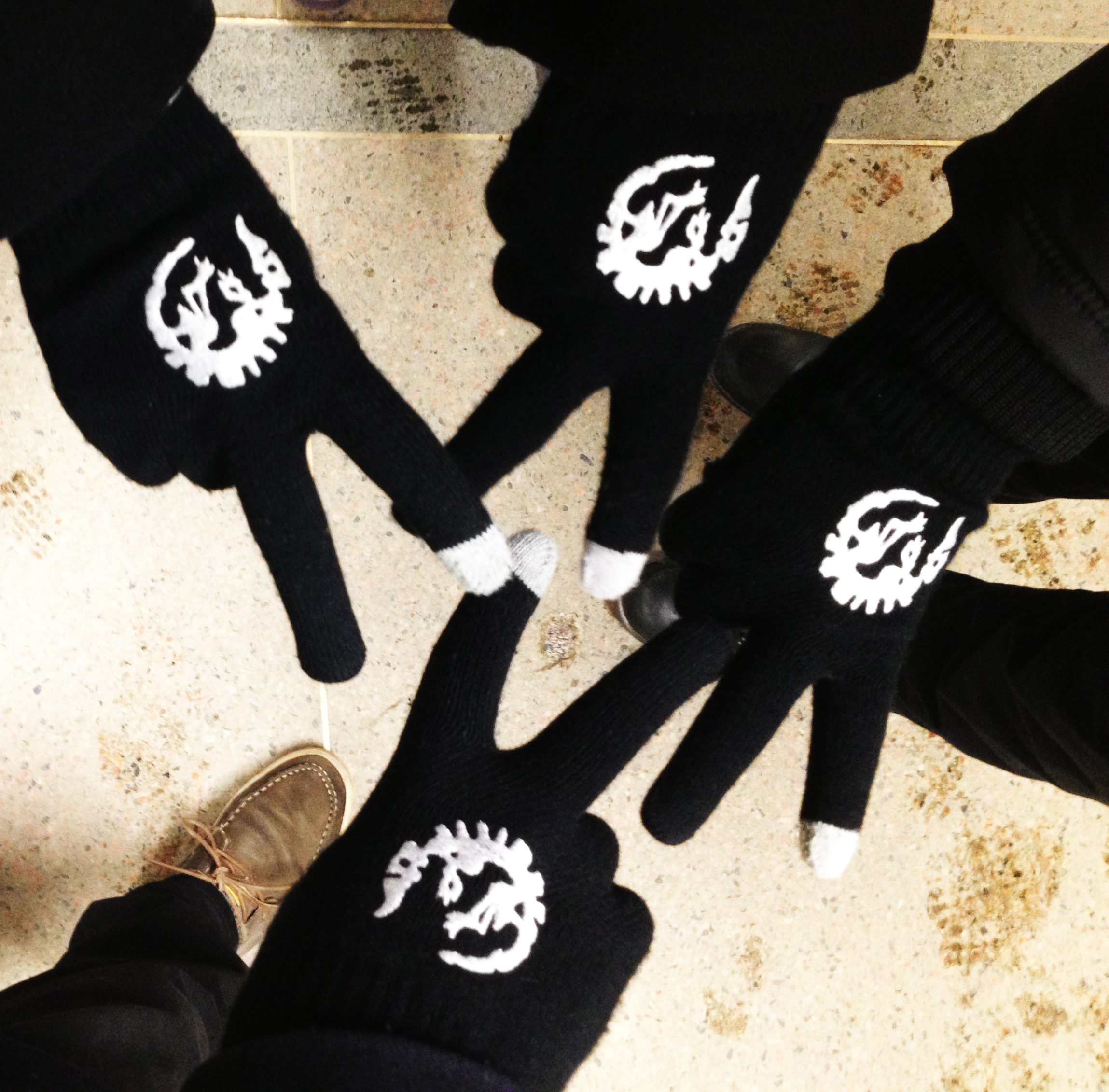 saracasen_gamedev_gloves
